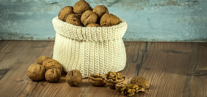 Diabetic-friendly, walnuts are one of my favourite heart-healthy, neuroprotective & low glycemic foods to incorporate in culinary creations for those who can enjoy nuts.