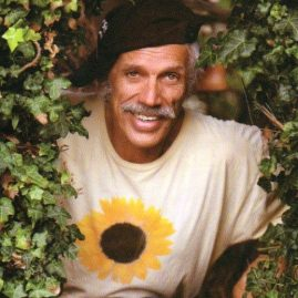 "Andy Lopez - The ""Invisible Gardener"" Talks Natural Garden Pest Control on The Dr. Theresa Nicassio Show on Healthy Life Radio."