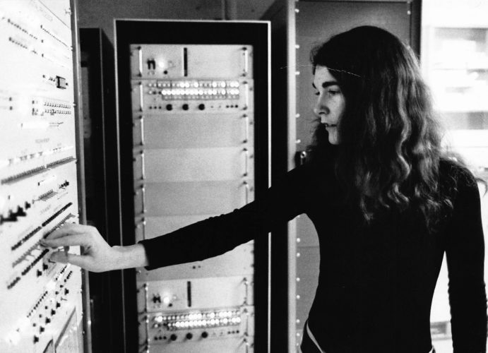 With her clarity of vision about the value and power of information, Dr. Seneff boldly made her mark in the world of science, since long before it was a welcoming profession for women. Dr. Stephanie Seneff at age 21 in 1969 in Lincoln Labs Computer Center (Photo by Ivan Massar from Black Star)