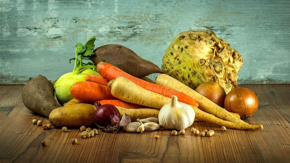 9 daily health habits Dr. Natasha Turner swears by  Article by Natasha Turner, ND in Chatelain, Updated Jun 10, 2016